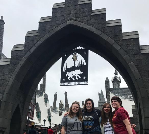 hogwartsgatesgrouppiccropped